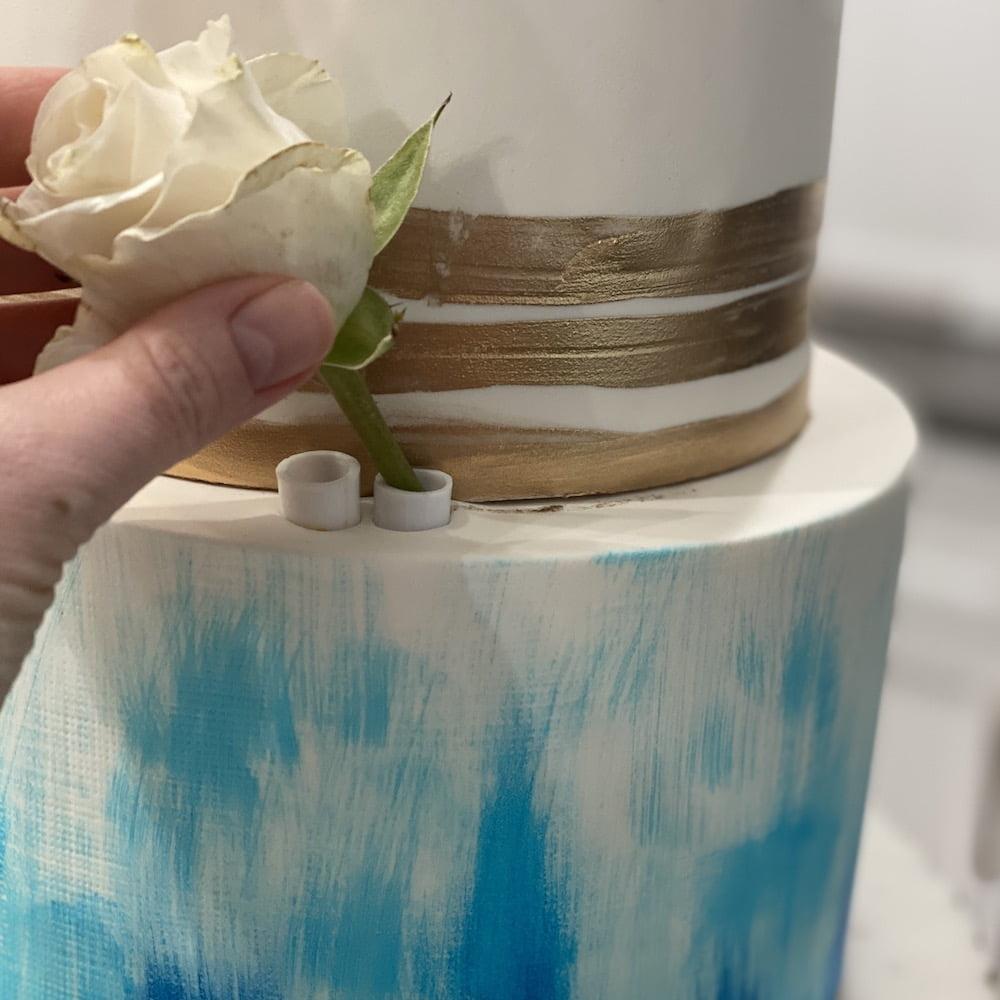 Akademia Tortu Tort z zywymi kwiatami 19