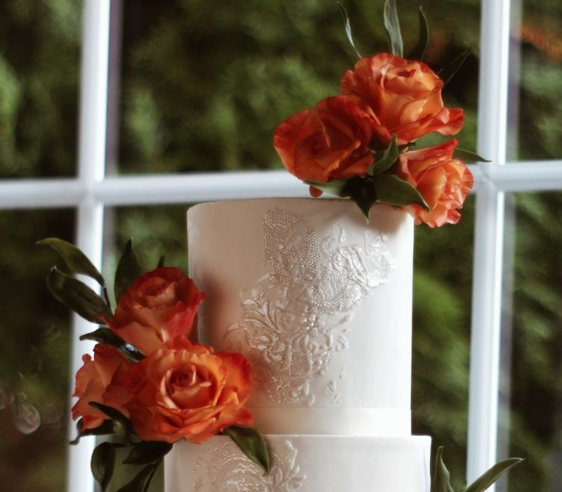 ArtOfCakeNY-Gum_paste_roses-for_cake_decorating-2